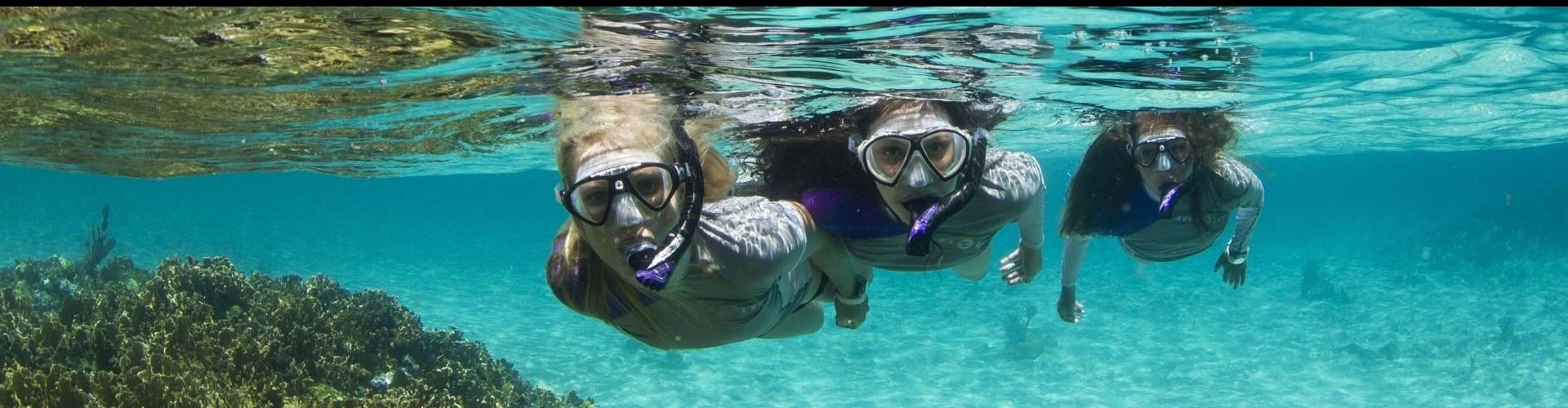 Snorkeling aqualung